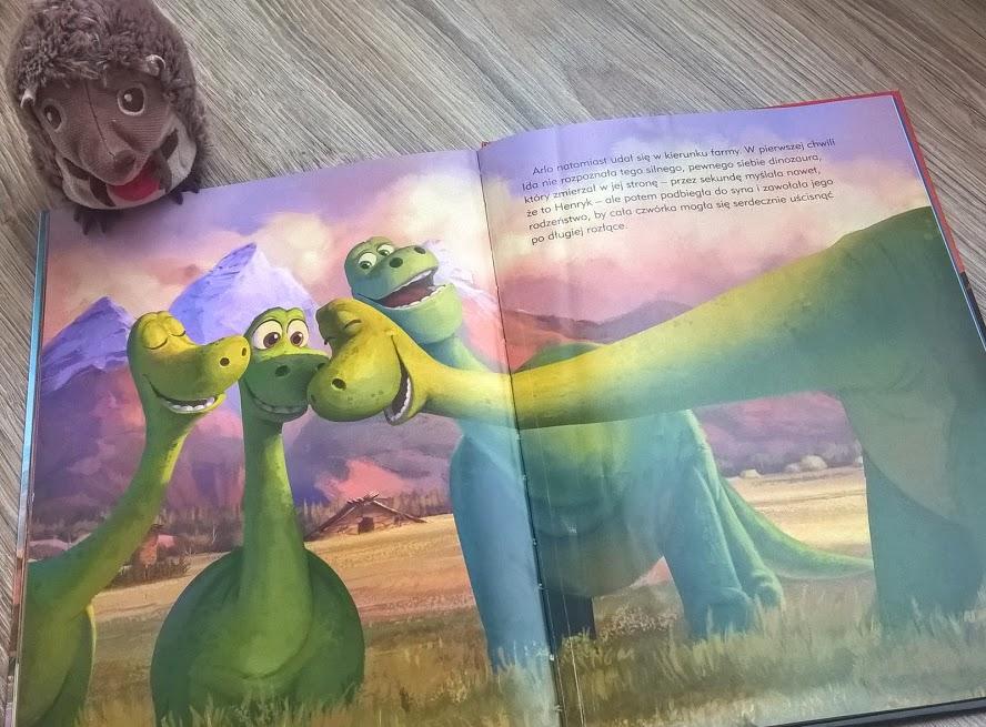egmont dobry dinozaur