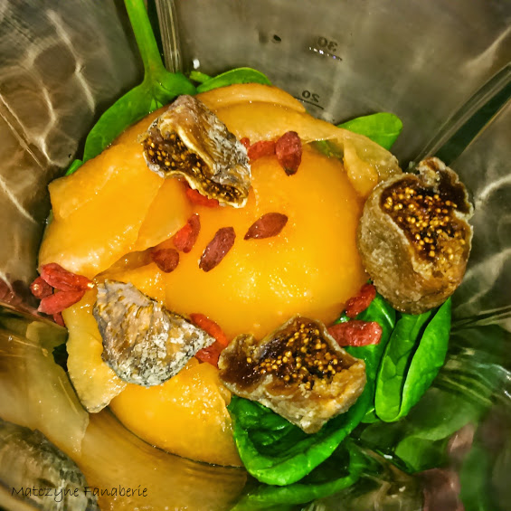 Koktajl owocowo - warzywny