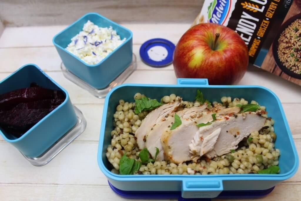 przepisy na lunchbox z kaszą do pracy, szkoły