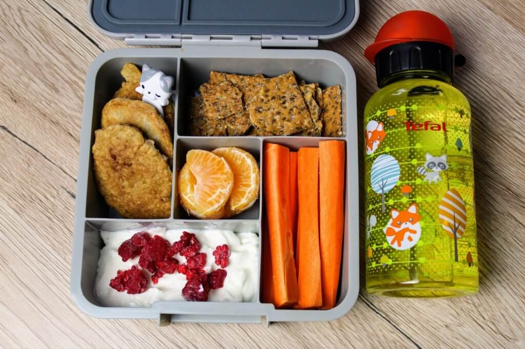 omlet owsiany - przepis na lunchbox do szkoły