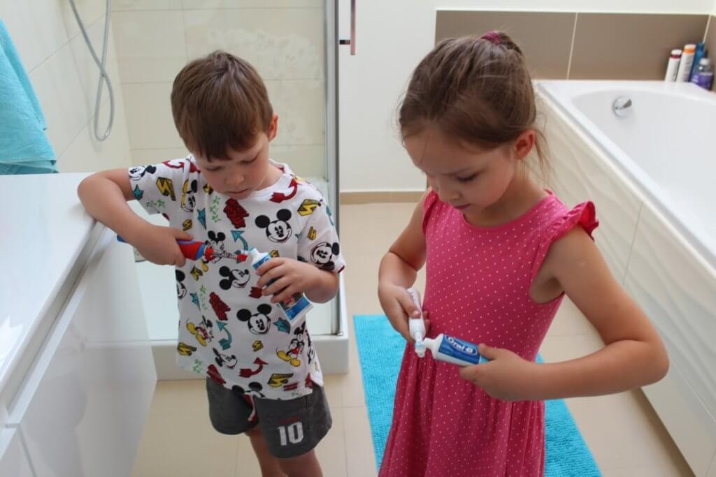 Szczoteczka elektryczna oralB dla dzieci