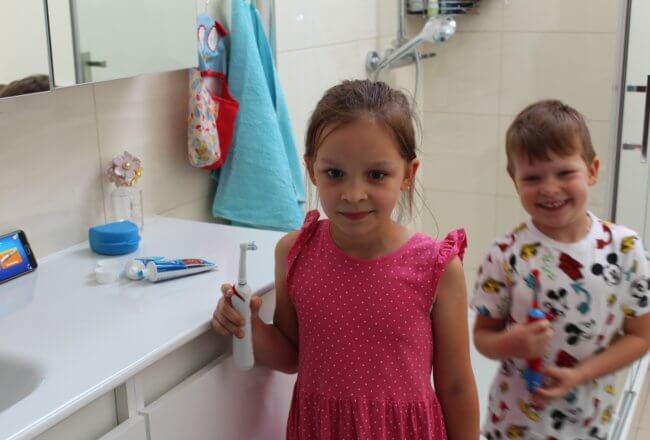 Szczoteczka elektryczna dla dzieci