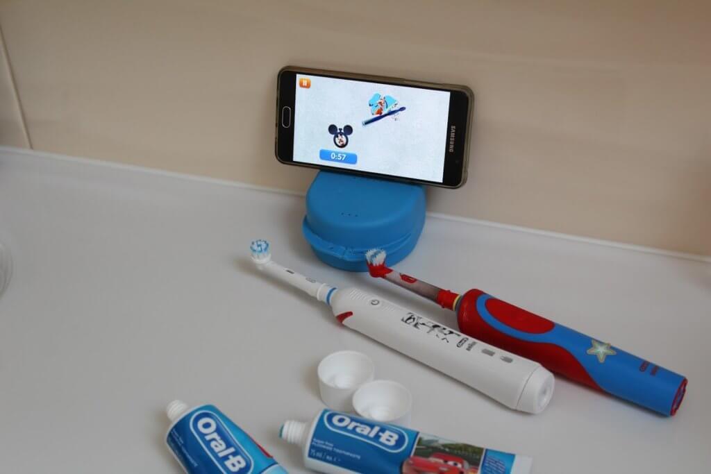 Szczoteczka elektryczna dla dzieci i aplikacja