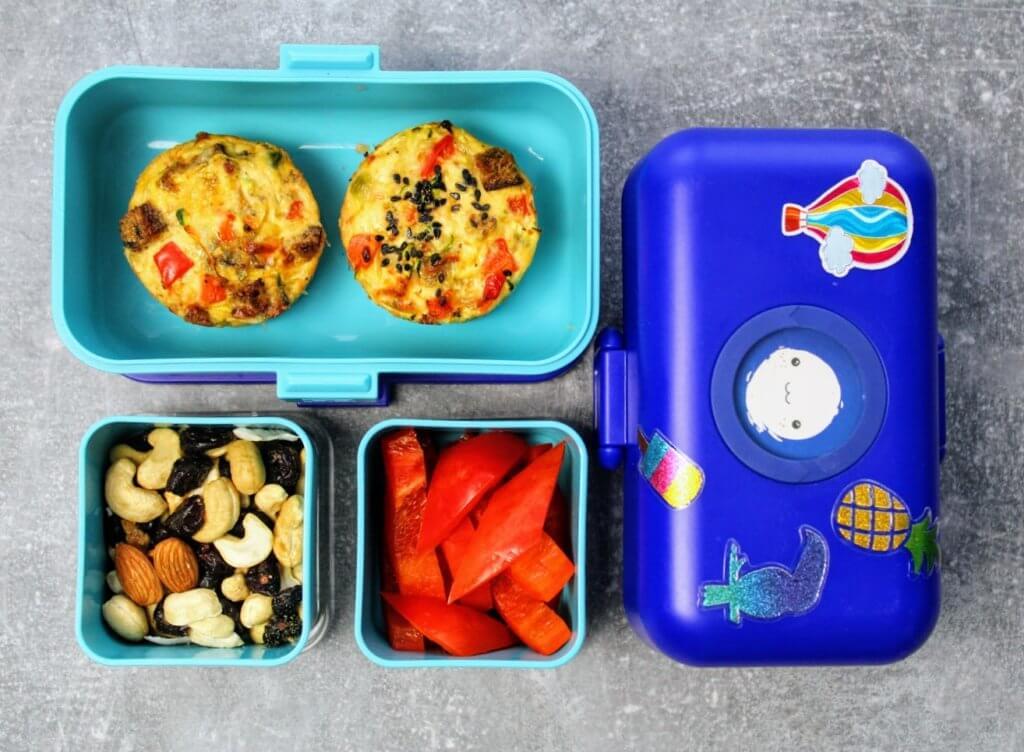 babeczki jajeczne w lunchboxie